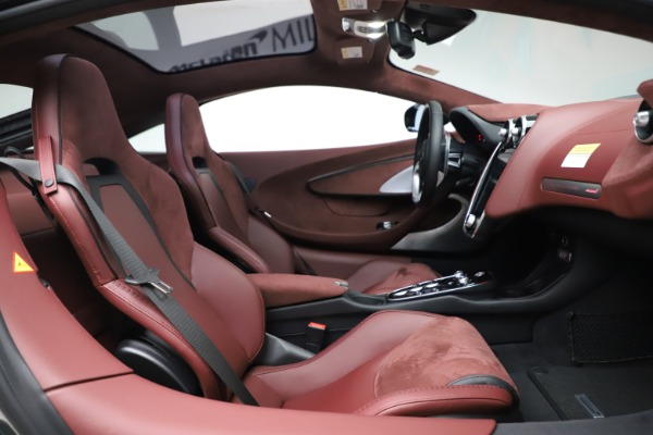 New 2020 McLaren GT Coupe for sale $247,275 at Alfa Romeo of Greenwich in Greenwich CT 06830 19