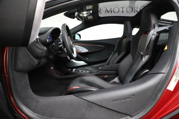New 2020 McLaren GT Coupe for sale $249,275 at Alfa Romeo of Greenwich in Greenwich CT 06830 20