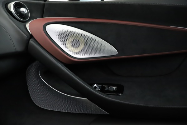 New 2020 McLaren GT Pioneer for sale $249,275 at Alfa Romeo of Greenwich in Greenwich CT 06830 26