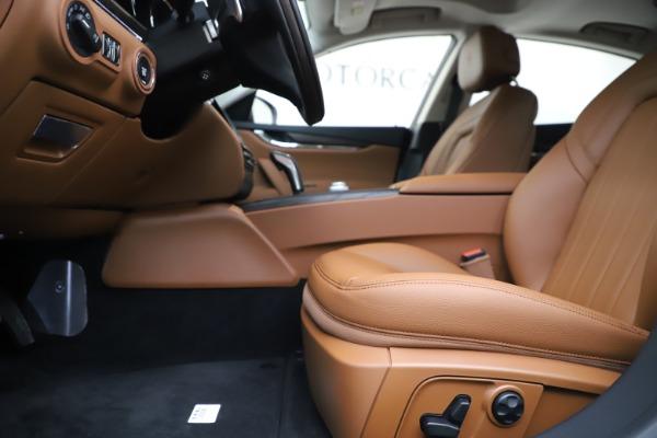 New 2019 Maserati Quattroporte S Q4 for sale $121,065 at Alfa Romeo of Greenwich in Greenwich CT 06830 14