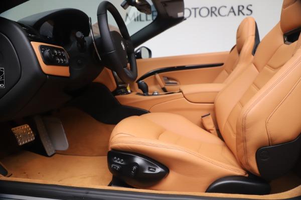 New 2019 Maserati GranTurismo Sport Convertible for sale $161,970 at Alfa Romeo of Greenwich in Greenwich CT 06830 20