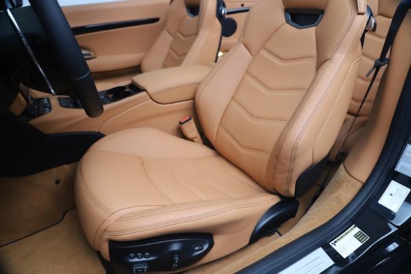 New 2019 Maserati GranTurismo Sport Convertible for sale $161,970 at Alfa Romeo of Greenwich in Greenwich CT 06830 21