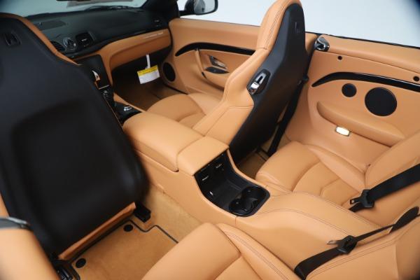 New 2019 Maserati GranTurismo Sport Convertible for sale $161,970 at Alfa Romeo of Greenwich in Greenwich CT 06830 25