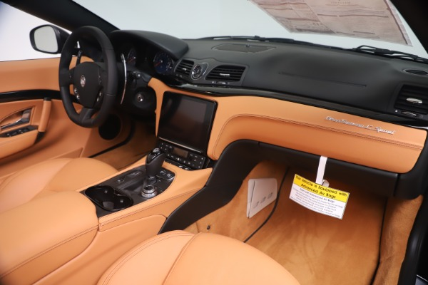 New 2019 Maserati GranTurismo Sport Convertible for sale $161,970 at Alfa Romeo of Greenwich in Greenwich CT 06830 26