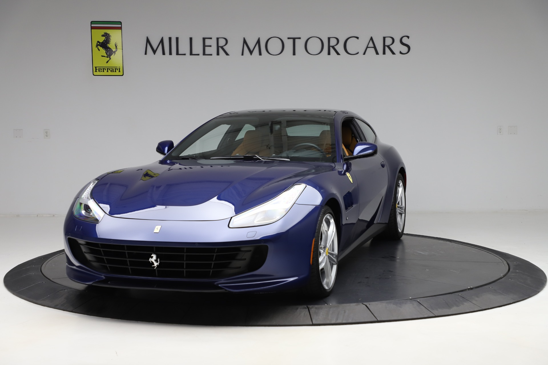 Used 2019 Ferrari GTC4Lusso for sale $249,900 at Alfa Romeo of Greenwich in Greenwich CT 06830 1