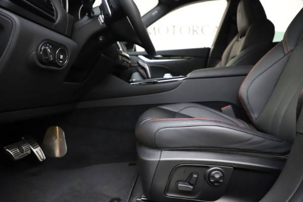 New 2019 Maserati Levante Q4 GranSport for sale Sold at Alfa Romeo of Greenwich in Greenwich CT 06830 14