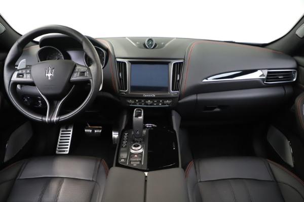 New 2019 Maserati Levante Q4 GranSport for sale Sold at Alfa Romeo of Greenwich in Greenwich CT 06830 16