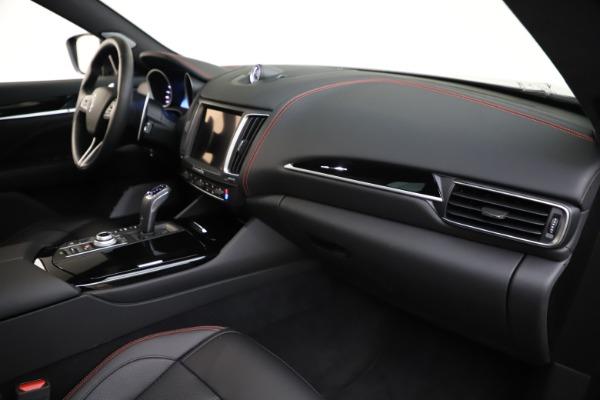 New 2019 Maserati Levante Q4 GranSport for sale Sold at Alfa Romeo of Greenwich in Greenwich CT 06830 22