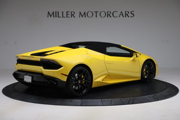 Used 2018 Lamborghini Huracan LP 580-2 Spyder for sale Sold at Alfa Romeo of Greenwich in Greenwich CT 06830 15