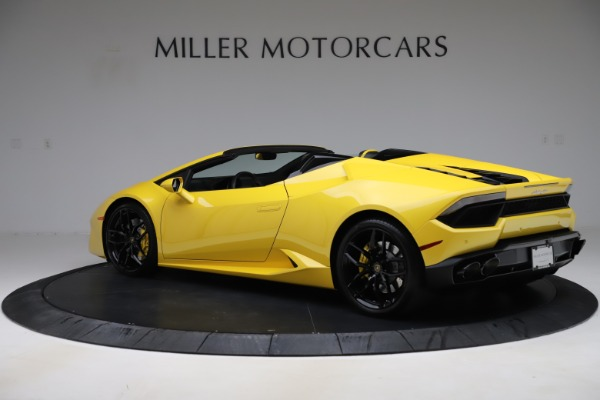 Used 2018 Lamborghini Huracan LP 580-2 Spyder for sale Sold at Alfa Romeo of Greenwich in Greenwich CT 06830 4