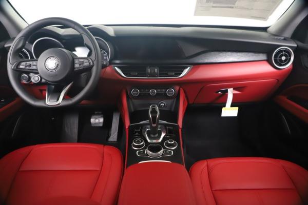 New 2020 Alfa Romeo Stelvio Sport Q4 for sale Sold at Alfa Romeo of Greenwich in Greenwich CT 06830 16