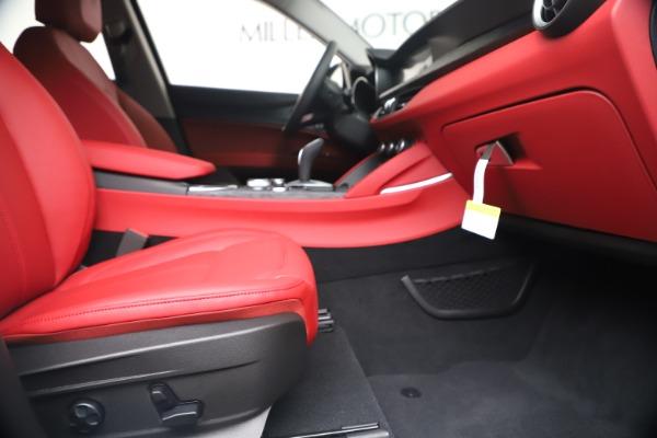 New 2020 Alfa Romeo Stelvio Sport Q4 for sale Sold at Alfa Romeo of Greenwich in Greenwich CT 06830 23