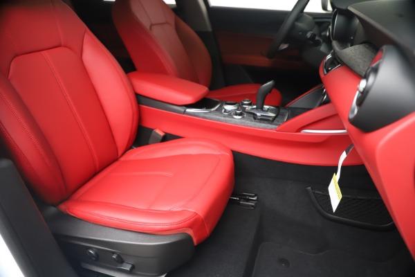 New 2020 Alfa Romeo Stelvio Sport Q4 for sale Sold at Alfa Romeo of Greenwich in Greenwich CT 06830 24