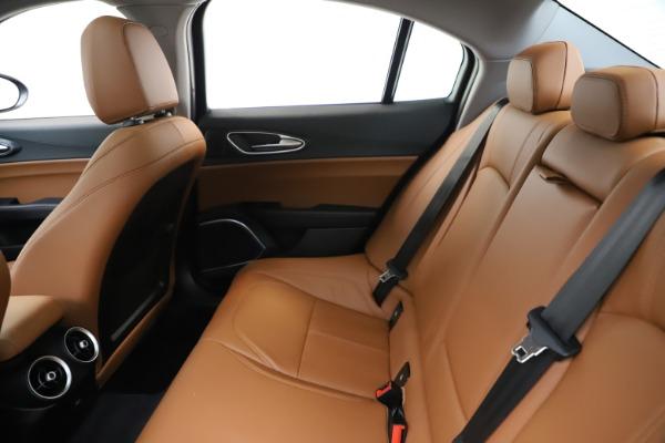 New 2020 Alfa Romeo Giulia Q4 for sale $45,740 at Alfa Romeo of Greenwich in Greenwich CT 06830 18