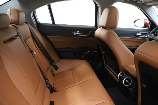 New 2020 Alfa Romeo Giulia Q4 for sale $45,740 at Alfa Romeo of Greenwich in Greenwich CT 06830 27