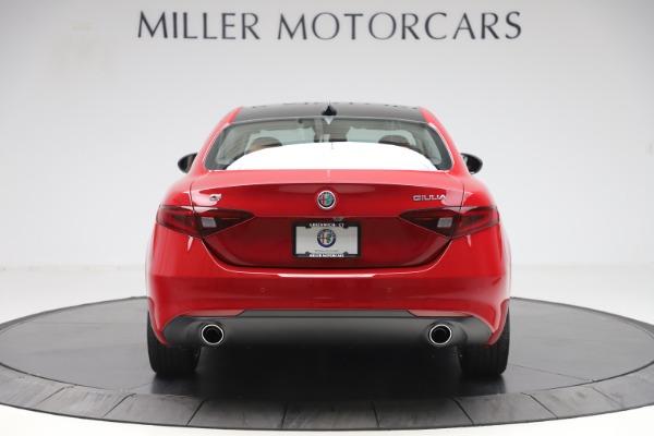 New 2020 Alfa Romeo Giulia Q4 for sale $45,740 at Alfa Romeo of Greenwich in Greenwich CT 06830 6