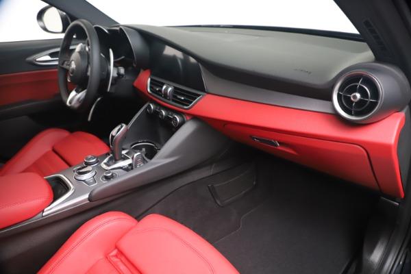New 2020 Alfa Romeo Giulia Ti Sport Q4 for sale $56,440 at Alfa Romeo of Greenwich in Greenwich CT 06830 22
