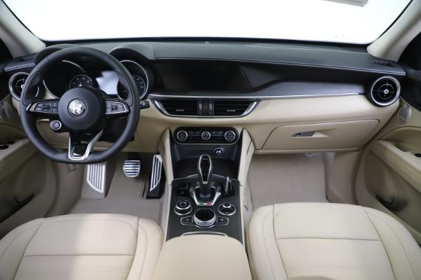 New 2020 Alfa Romeo Stelvio Ti Lusso Q4 for sale $55,790 at Alfa Romeo of Greenwich in Greenwich CT 06830 16