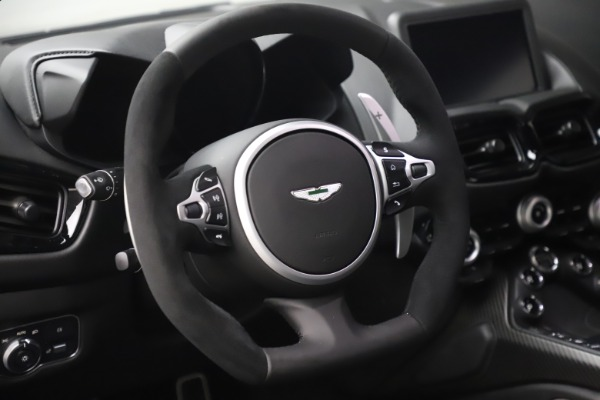New 2020 Aston Martin Vantage Coupe for sale $184,787 at Alfa Romeo of Greenwich in Greenwich CT 06830 17
