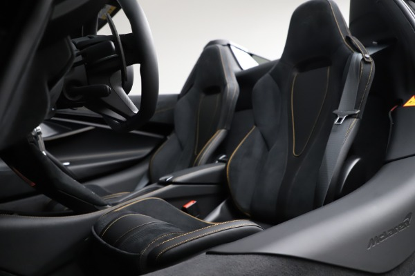 New 2020 McLaren 720S Spider Performance for sale Call for price at Alfa Romeo of Greenwich in Greenwich CT 06830 27