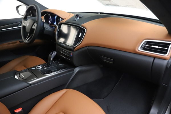 New 2020 Maserati Ghibli S Q4 for sale $79,985 at Alfa Romeo of Greenwich in Greenwich CT 06830 22