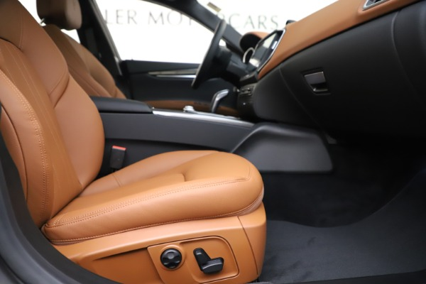 New 2020 Maserati Ghibli S Q4 for sale $79,985 at Alfa Romeo of Greenwich in Greenwich CT 06830 23