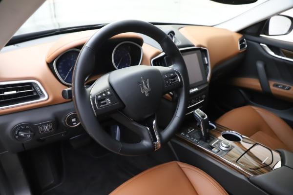 New 2020 Maserati Ghibli S Q4 GranLusso for sale $89,535 at Alfa Romeo of Greenwich in Greenwich CT 06830 13