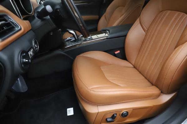 New 2020 Maserati Ghibli S Q4 GranLusso for sale $89,535 at Alfa Romeo of Greenwich in Greenwich CT 06830 15