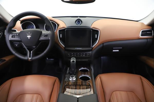 New 2020 Maserati Ghibli S Q4 GranLusso for sale $89,535 at Alfa Romeo of Greenwich in Greenwich CT 06830 16