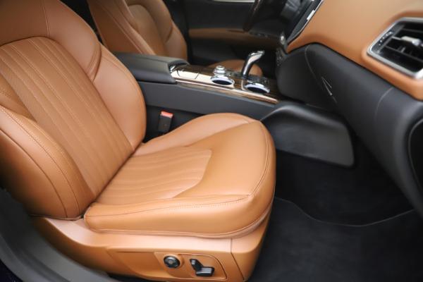 New 2020 Maserati Ghibli S Q4 GranLusso for sale $89,535 at Alfa Romeo of Greenwich in Greenwich CT 06830 24