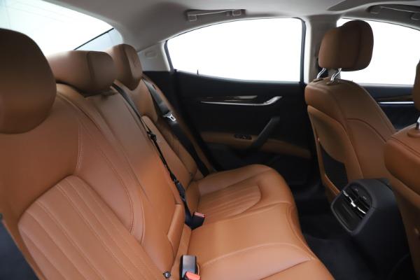 New 2020 Maserati Ghibli S Q4 GranLusso for sale $89,535 at Alfa Romeo of Greenwich in Greenwich CT 06830 27