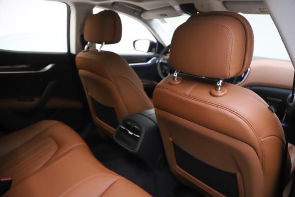 New 2020 Maserati Ghibli S Q4 GranLusso for sale $89,535 at Alfa Romeo of Greenwich in Greenwich CT 06830 28