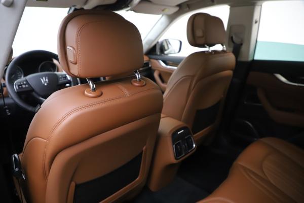 New 2020 Maserati Levante S Q4 GranLusso for sale $94,985 at Alfa Romeo of Greenwich in Greenwich CT 06830 20