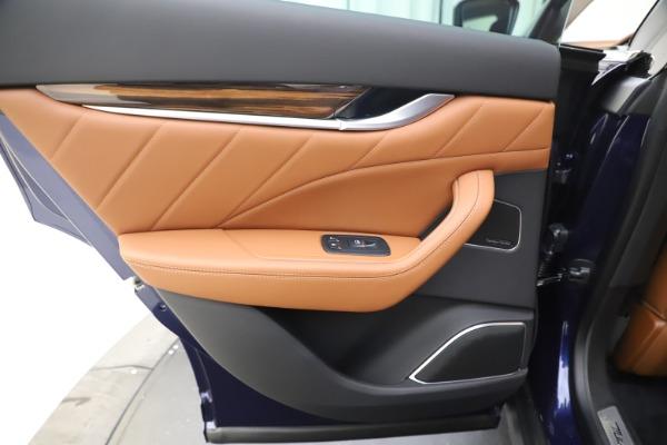 New 2020 Maserati Levante S Q4 GranLusso for sale $94,985 at Alfa Romeo of Greenwich in Greenwich CT 06830 21