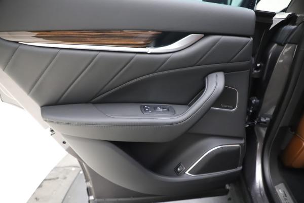 New 2020 Maserati Levante Q4 GranLusso for sale $84,985 at Alfa Romeo of Greenwich in Greenwich CT 06830 21
