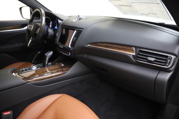 New 2020 Maserati Levante Q4 GranLusso for sale $84,985 at Alfa Romeo of Greenwich in Greenwich CT 06830 22