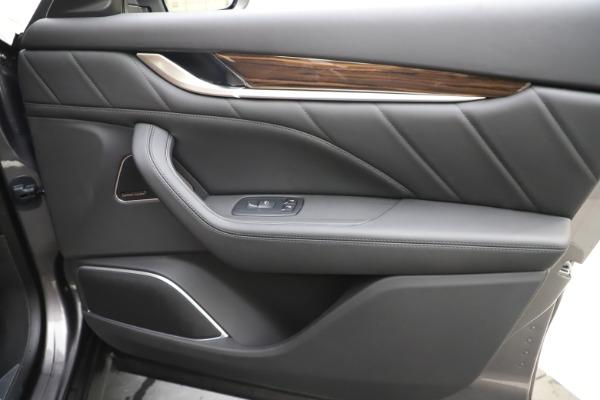 New 2020 Maserati Levante Q4 GranLusso for sale $84,985 at Alfa Romeo of Greenwich in Greenwich CT 06830 25