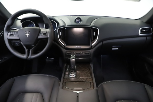 New 2019 Maserati Ghibli S Q4 for sale Sold at Alfa Romeo of Greenwich in Greenwich CT 06830 16