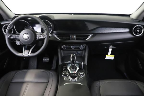 New 2020 Alfa Romeo Stelvio Sport Q4 for sale $50,190 at Alfa Romeo of Greenwich in Greenwich CT 06830 16