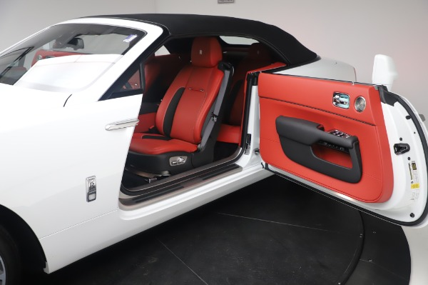 New 2020 Rolls-Royce Dawn for sale $404,675 at Alfa Romeo of Greenwich in Greenwich CT 06830 28