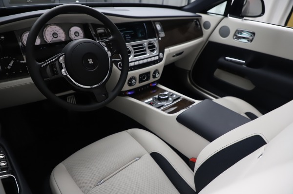 New 2020 Rolls-Royce Dawn for sale $384,875 at Alfa Romeo of Greenwich in Greenwich CT 06830 19
