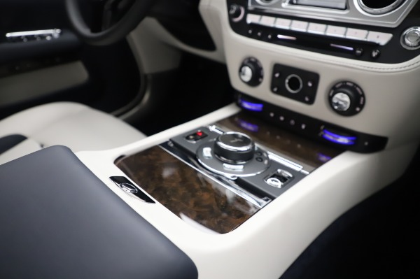 Used 2020 Rolls-Royce Dawn for sale Call for price at Alfa Romeo of Greenwich in Greenwich CT 06830 25