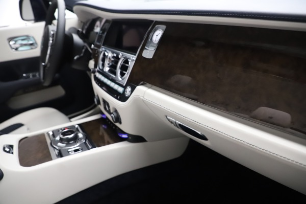 New 2020 Rolls-Royce Dawn for sale $384,875 at Alfa Romeo of Greenwich in Greenwich CT 06830 26