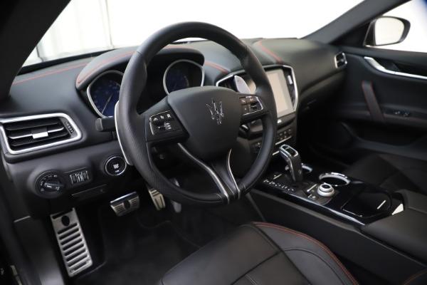 New 2020 Maserati Ghibli S Q4 GranSport for sale $70,331 at Alfa Romeo of Greenwich in Greenwich CT 06830 13