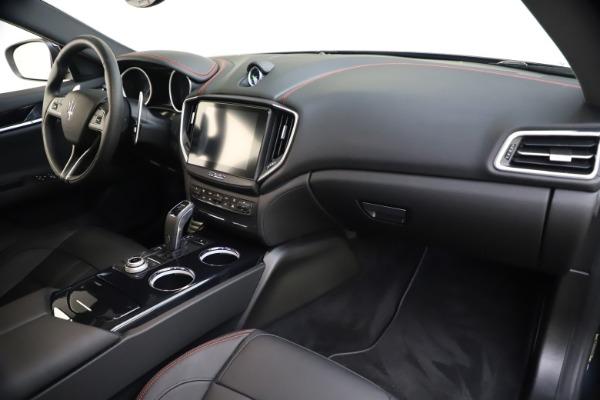 New 2020 Maserati Ghibli S Q4 GranSport for sale $70,331 at Alfa Romeo of Greenwich in Greenwich CT 06830 23