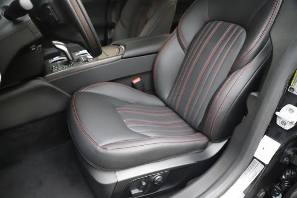 New 2019 Maserati Ghibli S Q4 GranLusso for sale $98,395 at Alfa Romeo of Greenwich in Greenwich CT 06830 15