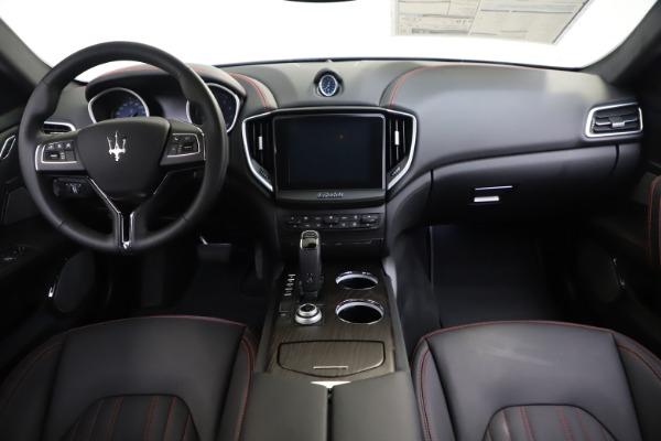 New 2019 Maserati Ghibli S Q4 GranLusso for sale $98,395 at Alfa Romeo of Greenwich in Greenwich CT 06830 16