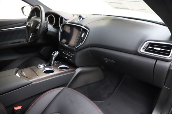 New 2019 Maserati Ghibli S Q4 GranLusso for sale $98,395 at Alfa Romeo of Greenwich in Greenwich CT 06830 22