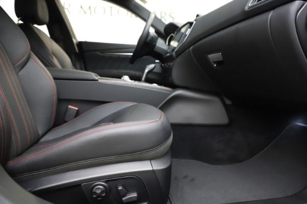 New 2019 Maserati Ghibli S Q4 GranLusso for sale $98,395 at Alfa Romeo of Greenwich in Greenwich CT 06830 23