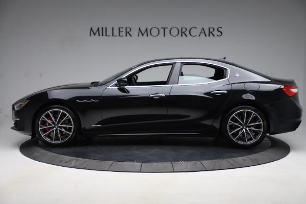 New 2019 Maserati Ghibli S Q4 GranLusso for sale $98,395 at Alfa Romeo of Greenwich in Greenwich CT 06830 3